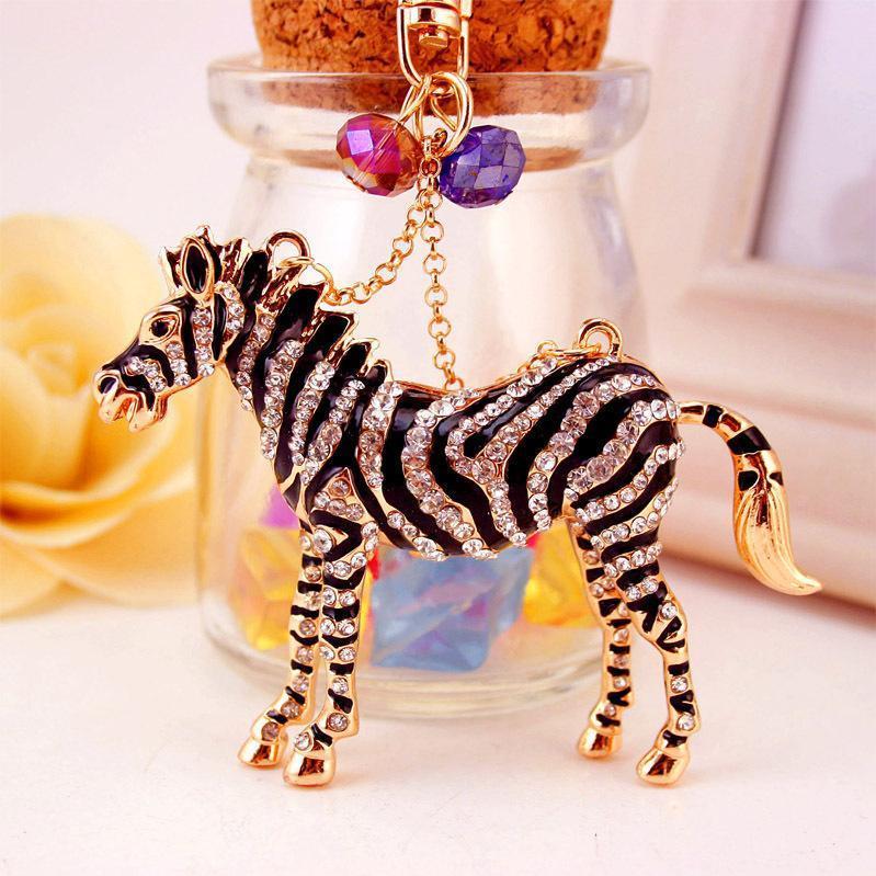 Animal Zebra Horse Chaîne Clé Pendentif Car Keychain Accessoires Strass Enamel Email Goutte à huile Titulaire porte-clés Porte-bague Femme Sac Charme