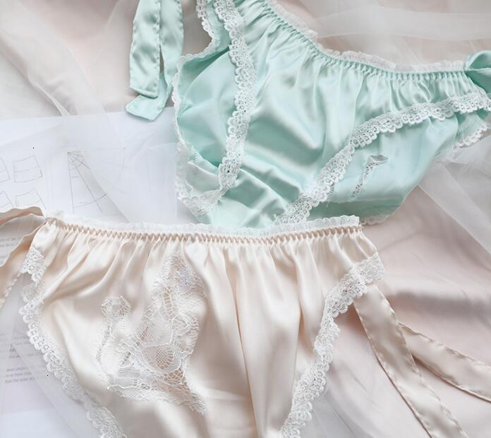 2021 New 2nd Shipping Free M L XL Lovely Lolite Lolita Kawaii Sexy Big Bows 새틴 레이스 간단한 kniers 속옷 팬티