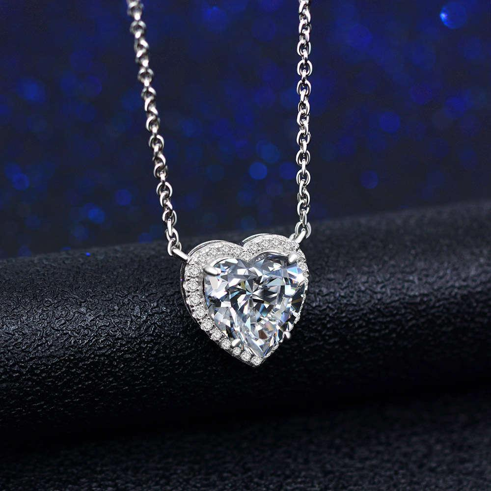 Hbp moda luxo 2021 novo colar incrustado com * 10 branco branco carbono diamante coração cruz cruza, simples e elegante