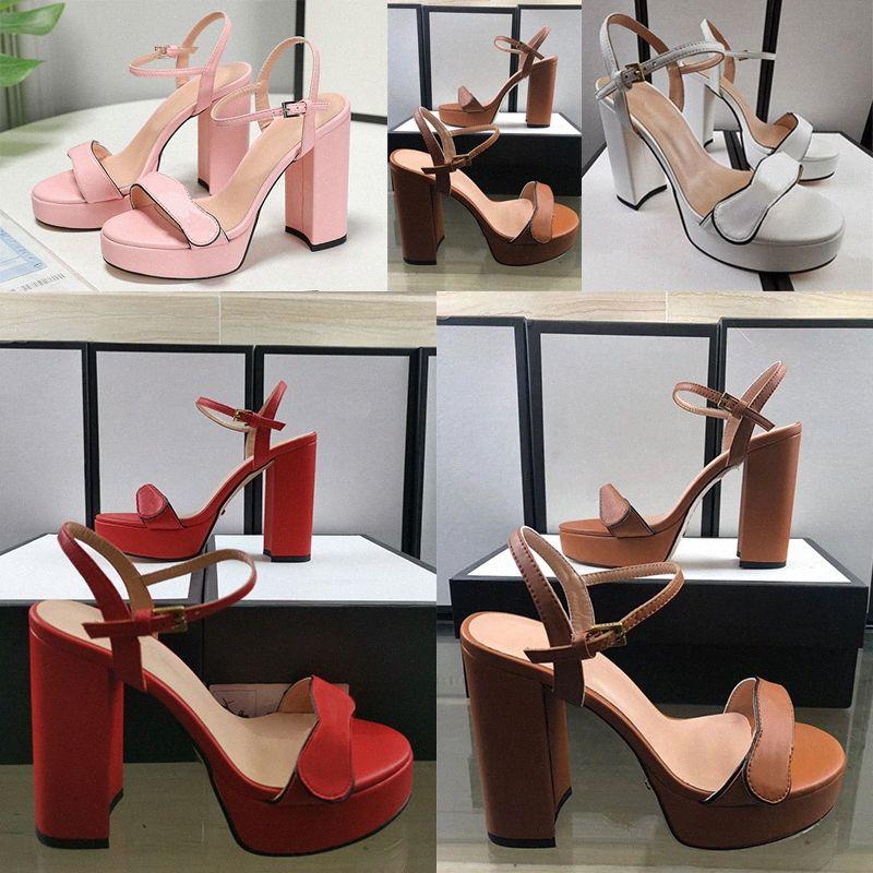 Moda Yaz Açık Sandalet Kristal Deri Sandalet Süet Toka Altın Siyah Kırmızı Bayanlar Spike Ayakkabı Parti Yüksek Topuklu Boyutu 35-42 J8KT #