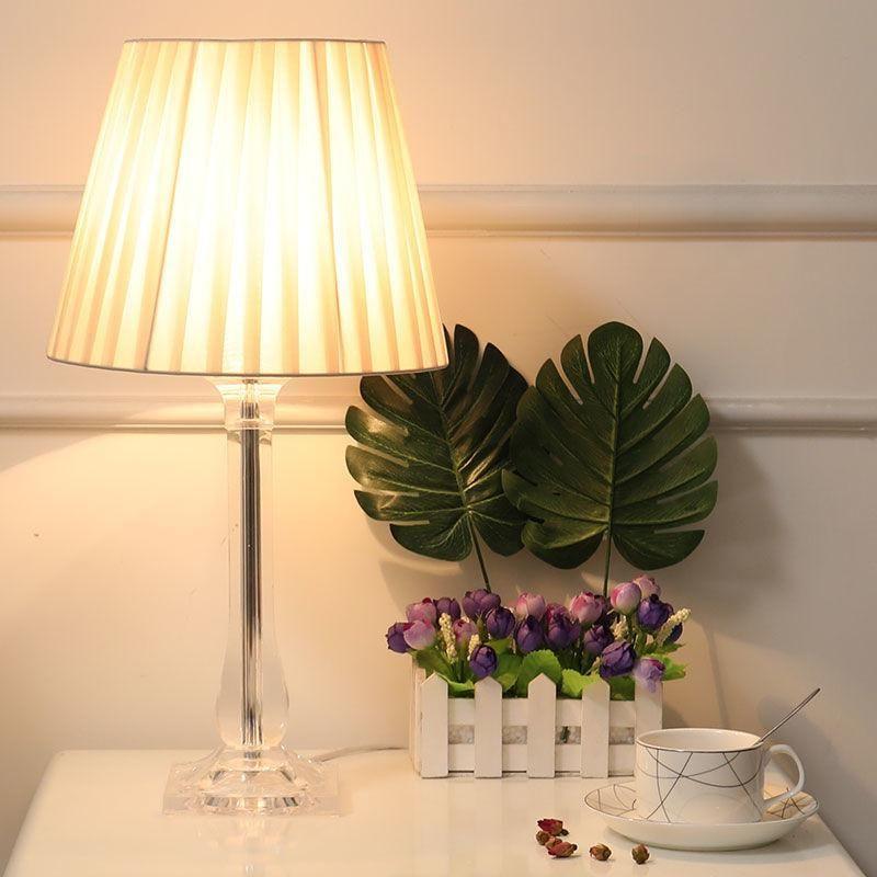 Nordic Современный светодиодный прикроватный светильник Кровать для гостиной Спальня Декоративные Освещение Настольный Таблица Художественная таблица Лампа110V 220V