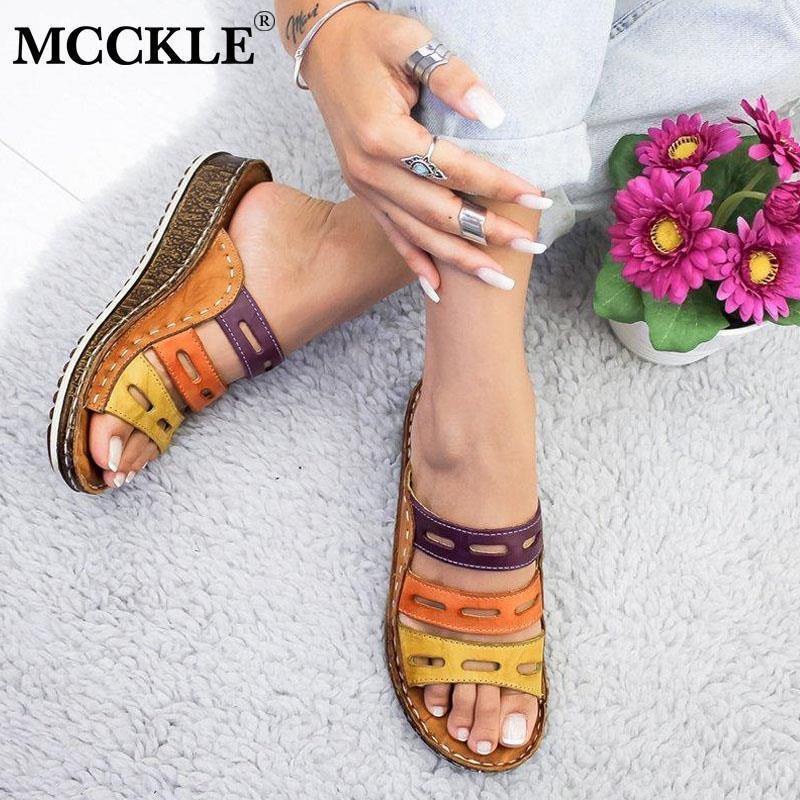 McCkle Mujeres Zapatillas Señoras Huele hacia fuera Colores mezclados Flip Flops Moda Costura de costura Sandalias Sandalias de corcho Plataforma Diapositivas hembra 210225