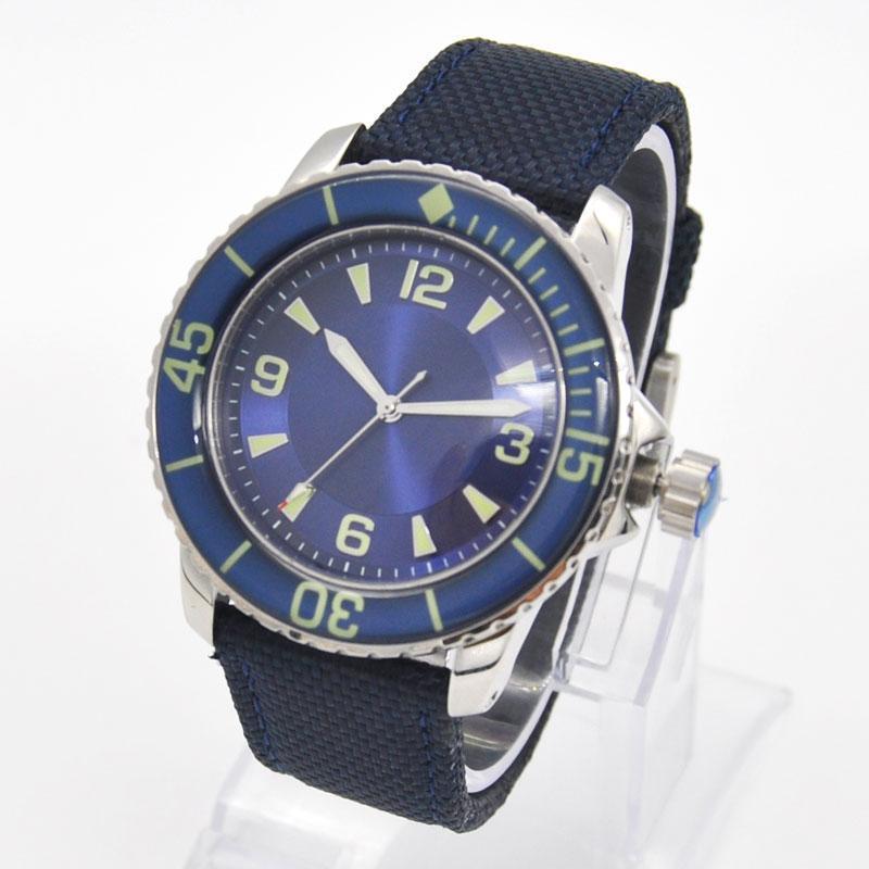 Saatı 45mm Steril Dial Erkek İzle Spor Tasarım Saat Lüks Üst Marka Mekanik Aydınlık Eller Otomatik Kendinden Rüzgar Vintage Erkekler