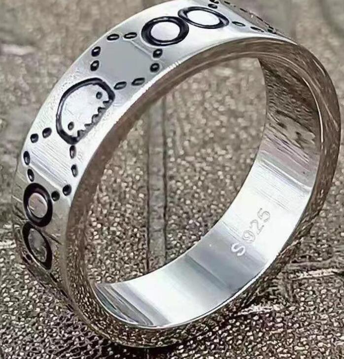 Love Ring Ring Designer Anéis Clássicos Jóias de Luxo Mulheres Gold Titanium Aço-banhado a ouro Nunca Fade não alérgico ZZ