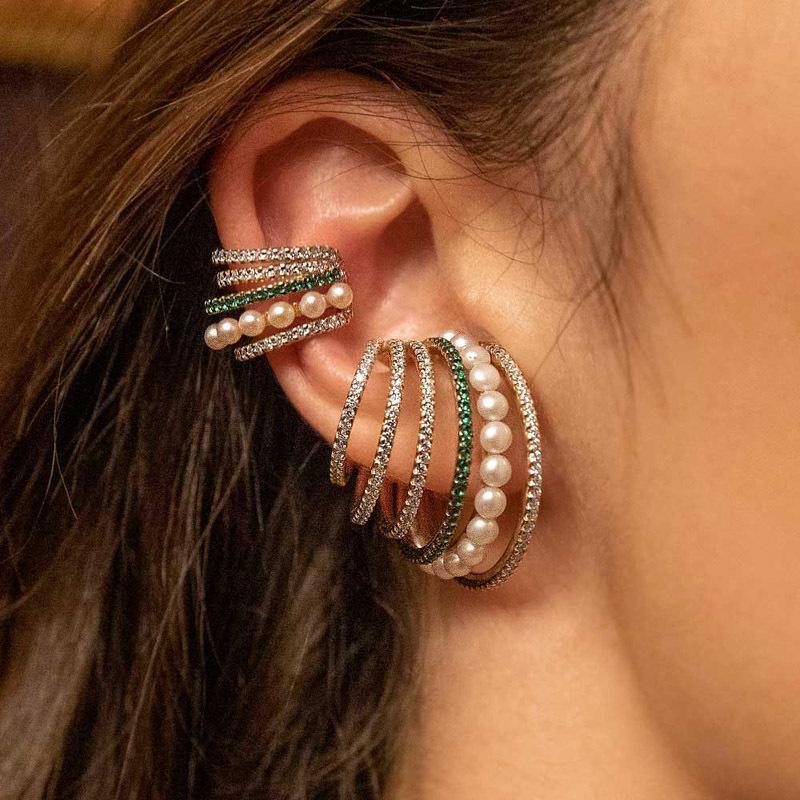 Pendientes de perlas de mujeres con encanto Francia femenina Avanzado Sense Sin oreja Agujero Clip Multi Capa Pendientes Retro Color