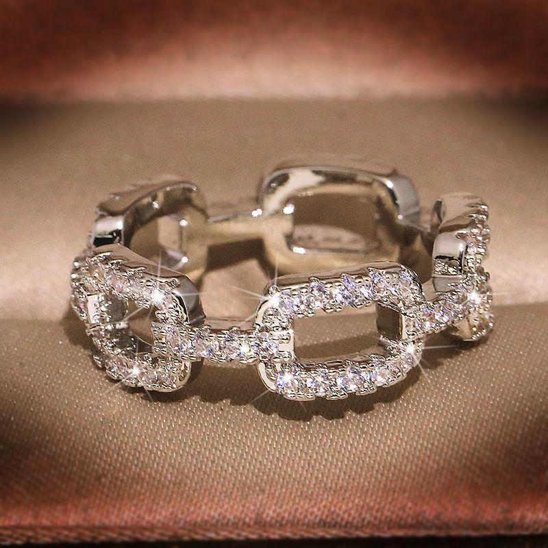 2021 Gioielli 925 Placcato argento Placcato Anello Croce Pavimentazione Bianco Cubic Zirconia Diamond Diamond Donne Anelli dita
