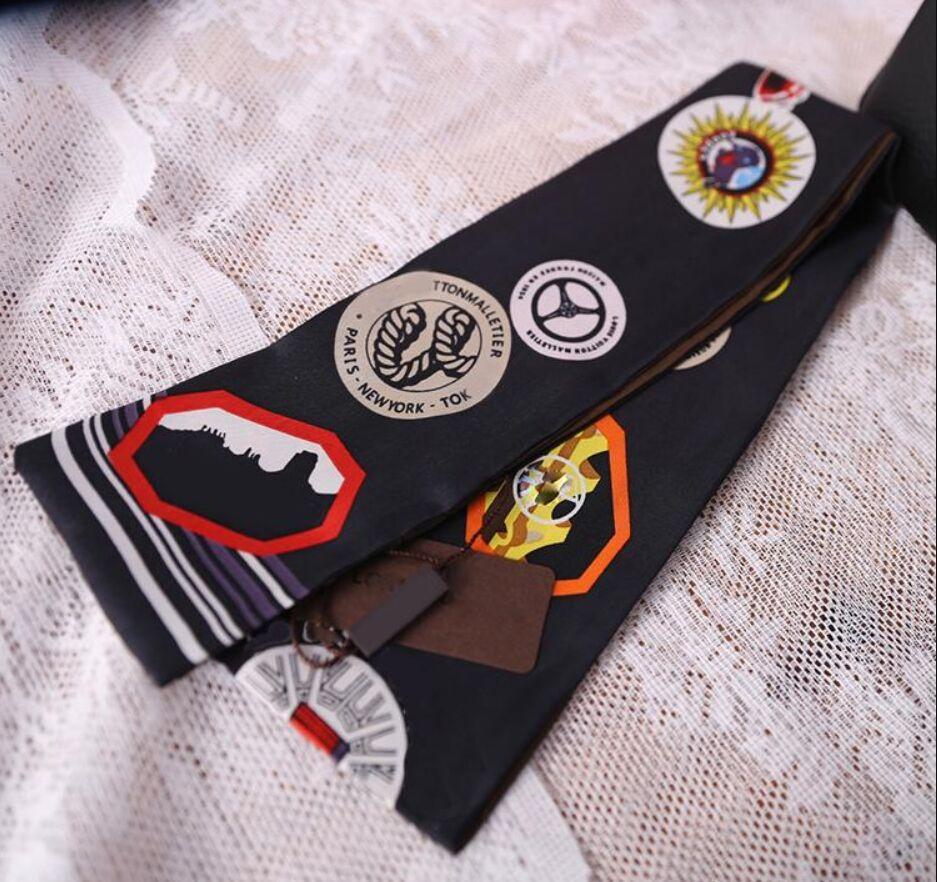 Fashion Print Piccolo rettangolo Sciarpa Sciarpa Brand Sciarpe di seta Femminile Lattina per borse