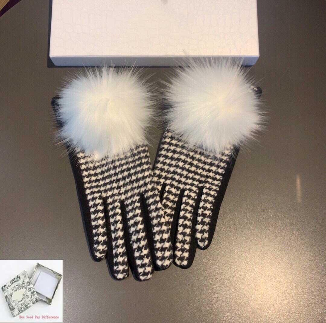 Womens Gloves Mittens Fashion Plaid Glove Trend Element Letter Mitten Casual Winter Women HIgh Quality Accessories