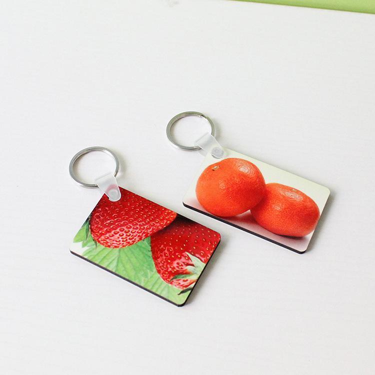 Sublimation Leerzeichen Keychain MDF Square Holztasten Anhänger Thermische Transfer doppelseitig Schlüsselanhänger Weiß DIY Geschenk 60 * 40 * 3mm Keychain A03