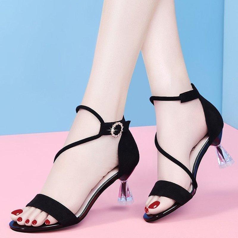 Sandálias Luxo Lantejoula Alto Saltos Mulheres Preto Forma Metal Fivela Festa Sapatos Mulher Aberto Toe 2021 Bombas de Verão Feminino