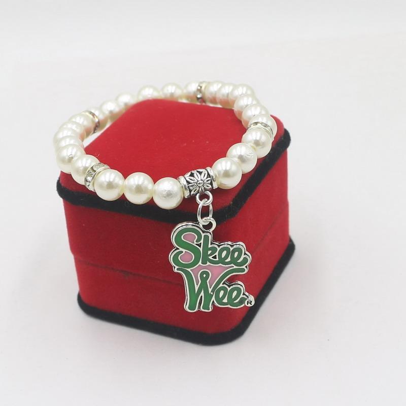 مطرز، خيوط مجانية قطرة الأزياء اليونانية النادي رمز الوردي الأخضر الأبيض اللؤلؤ قلادة سحر مطرز أساور مجوهرات هدايا