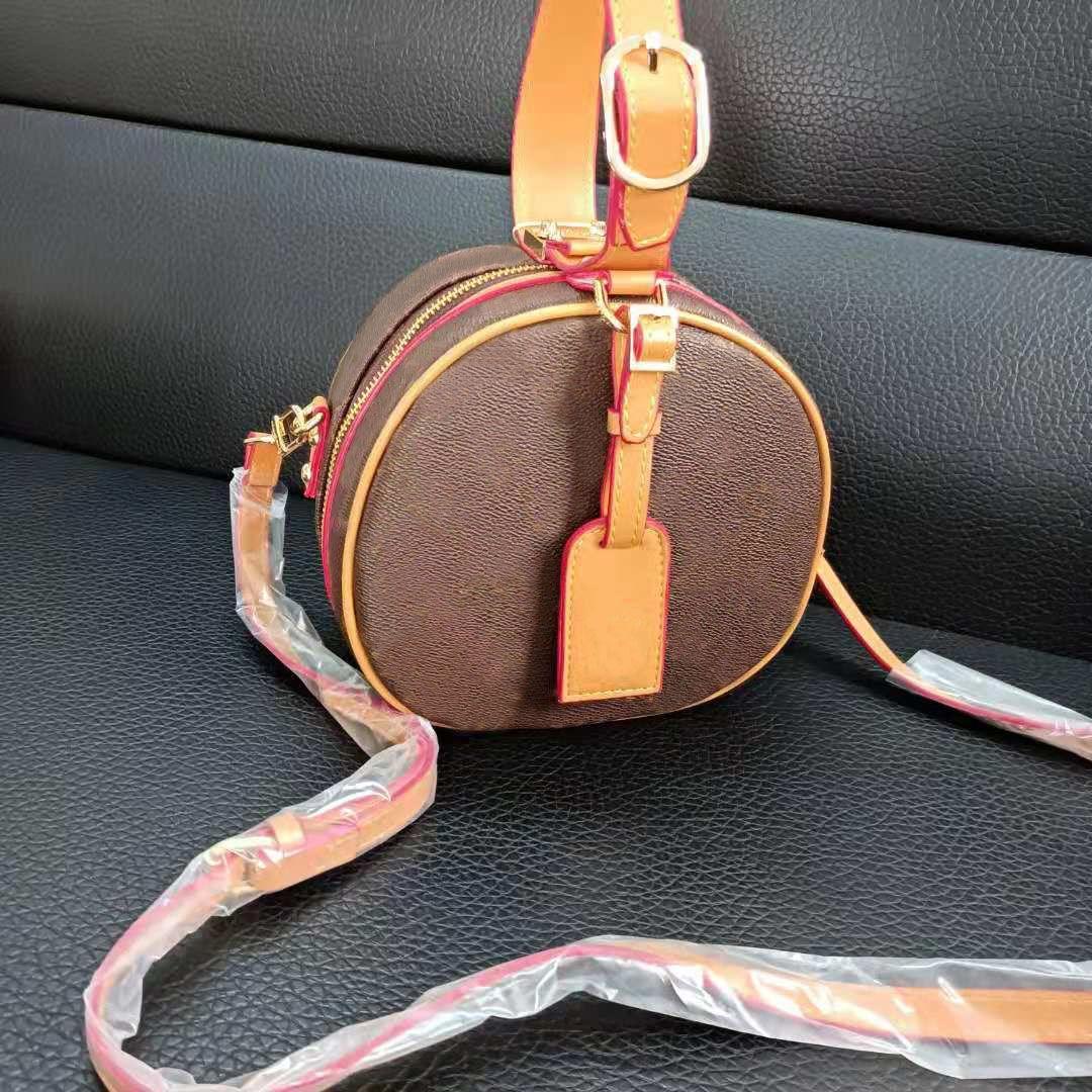 حقائب الكتف 2021 مصمم حقائب اليد حقيبة crossbody مخلب جولة براون حقيبة مع الحروف المطبوعة 17 سنتيمتر السيدات الفاخرة مصغرة أزياء عالية الجودة محفظة جلدية