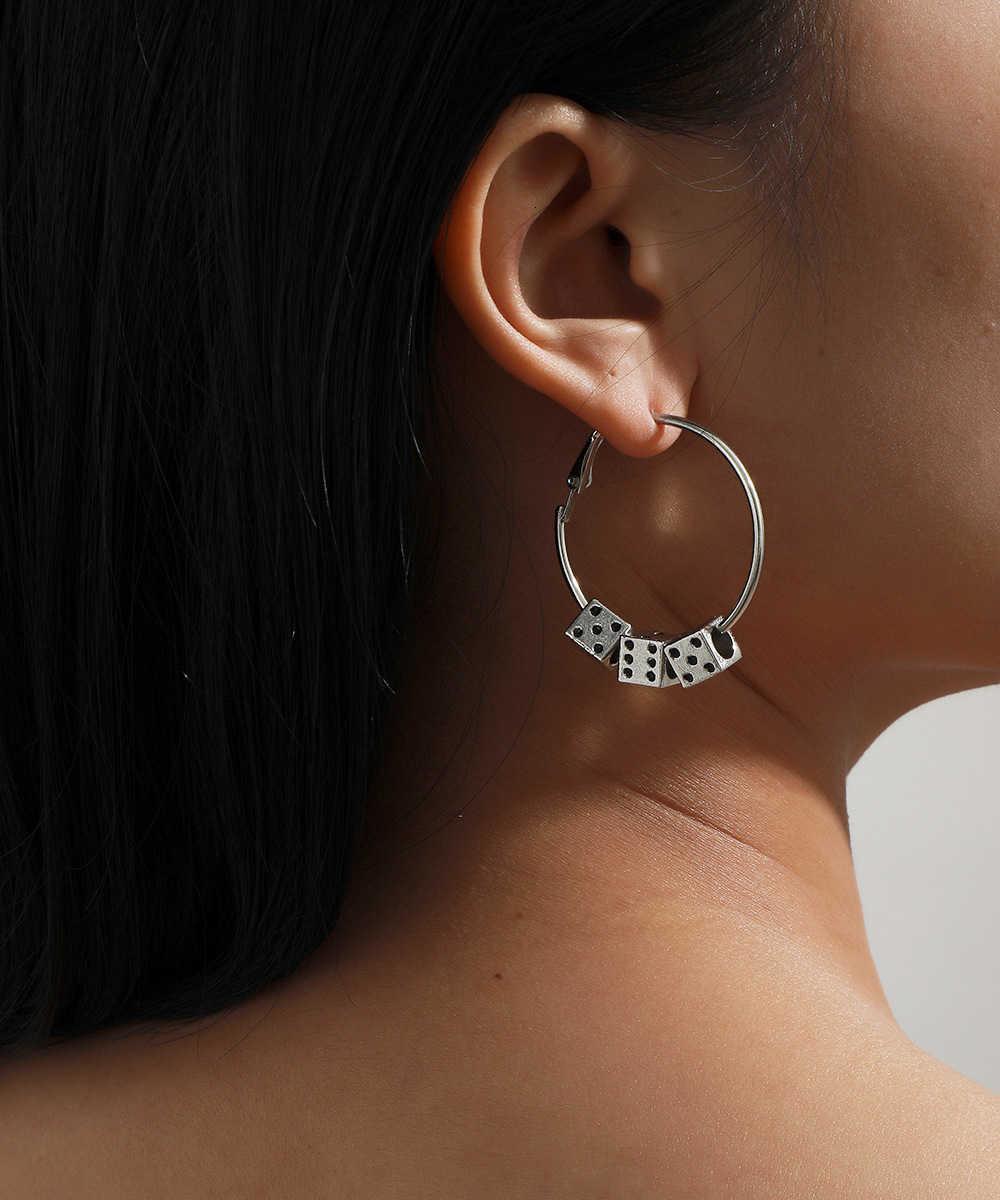 Творческие моды прохладный ветер кости металлические серьги женские преувеличенные круг ушные украшения