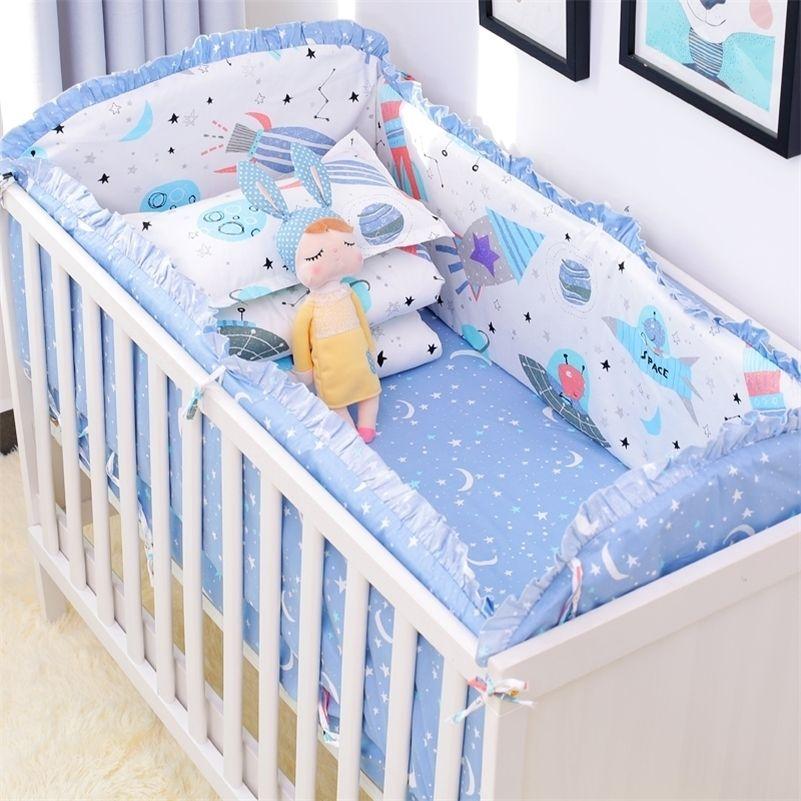 6 teile / satz Blaue Universum Design Krippe Bettwäsche Set Baumwolle Kleinkind Baby Bettwäsche Fügen Sie Babybett-Stoßfänger Bettlaken Kissenbezug 201210