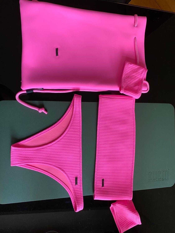 Triangl Bikini Genuine Hong Kong Contador de línea de línea Fidelidad Venta especial L0223