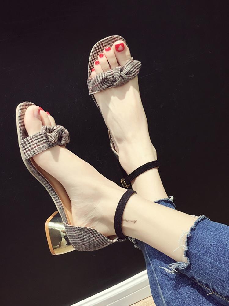 Dress Shoes Women's Sandals 2021 Summer Coarse-heeled Butterfly-knot Belt Chequered Medium-heeled