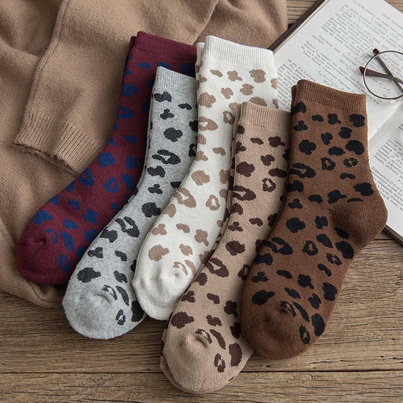 Пятнистые леопардовые печать женщин кошек туалетные трубы подвесные горячие носки корейский японский стиль EUR35-40 238