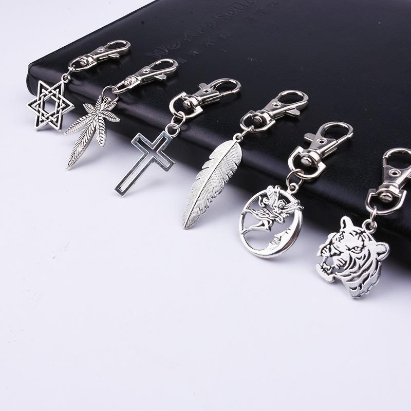 Folha de moda criativa folha de bordo seis estrelas personalidade de personalidade carro chave chaveiro anel sacolas pingente acessórios