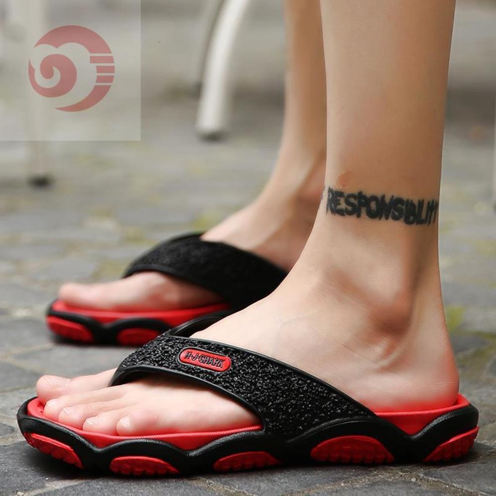 Pantofole da uomo Abbigliamento da esterno Abbigliamento da esterno Flip flop 2019 coreano anti-slip clip slipper estate scarpe da spiaggia personalizzate