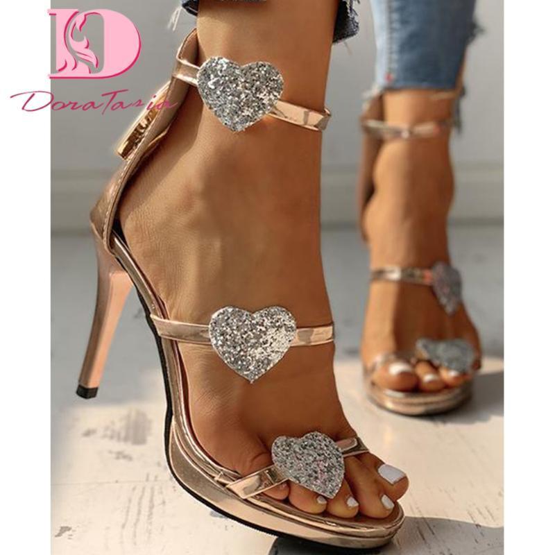 Сандалии Doratasia Brands Ins ins Lady Thing High Caels Мода Сердце Узор Летние Женщины 2021 Вечеринка Сексуальная Обувь Женщина