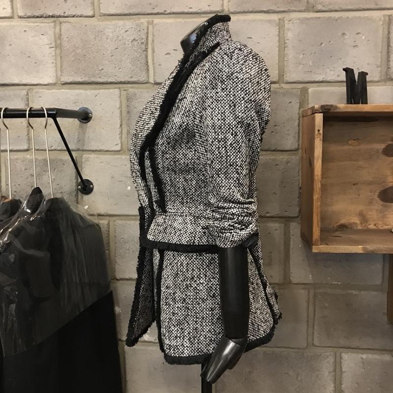 2021 Sonbahar [EWQ] Yeni Bayanlar Ekose Tek Düğme Suit Kapak Moda Kişilik Yüksek Kalite Kore Tarzı Ince Üst Kadınlar B NF31