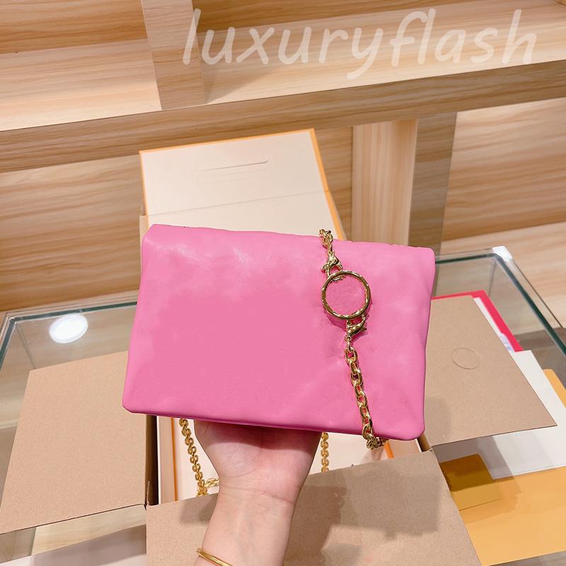 Designers Femmes Bandbody Sacs WOC Newtest Arrival Square Square Sac Sac Sac à main de haute qualité Luxurys Garowing Sacs à main épaule sac à dos d'épaule gaufrage