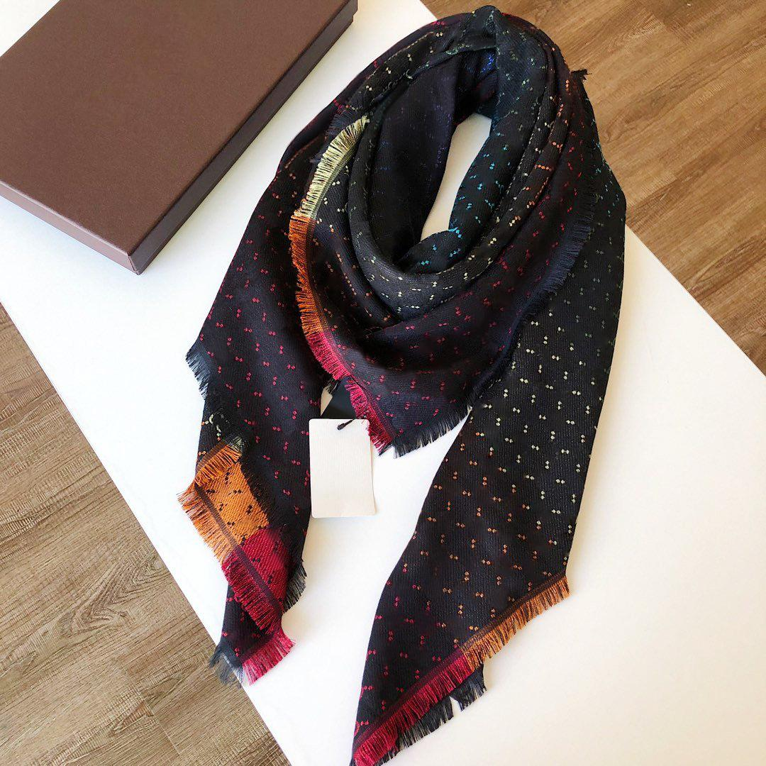 140 * 140cm 클래식 영국 격자 무늬 면화 숙녀 고품질 Lamé Scarf G 여성을위한 Shawl 양측 모두 스카프를 착용 할 수 있습니다
