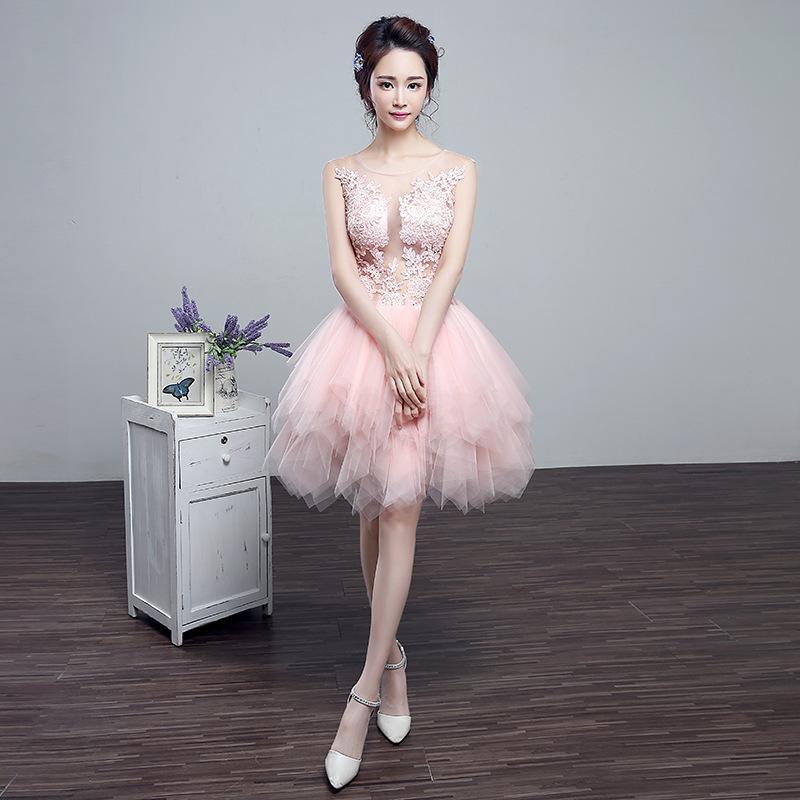 Soirée de banquet 2021 Nouvelle robe de mariée de fiançailles de printemps rouge grillage de la jupe courte