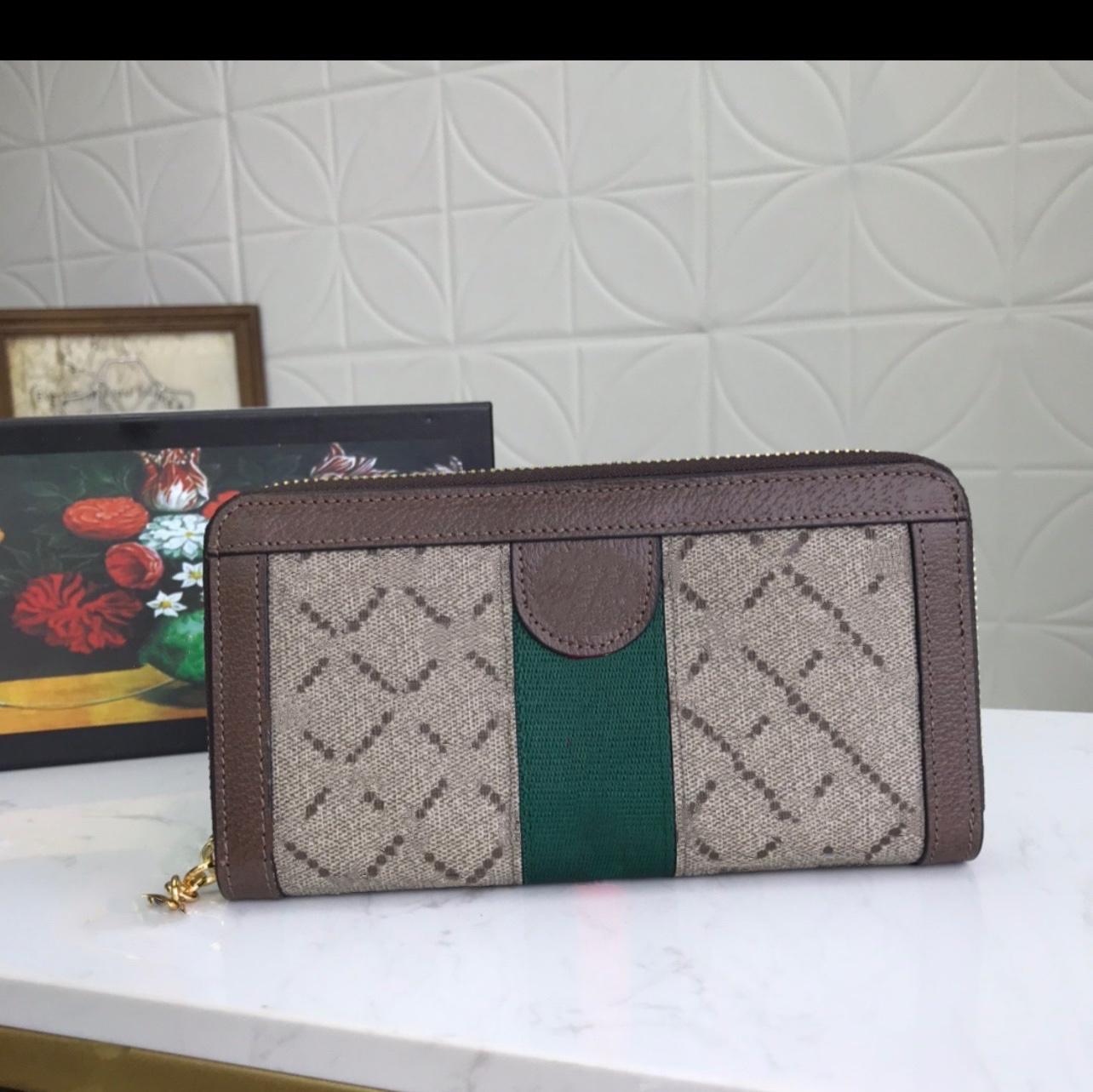 Lange Frauen Standard Vintage Wallet Zweifarbige Faserleiste Doppelbuchstabe G Reißverschluss Zahlreicher Kartenhalter Note Fächer Münztasche in großer Kapazität