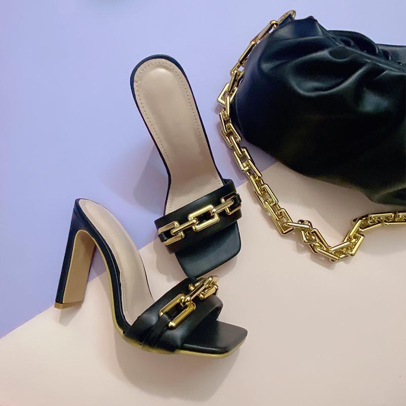 2021 Yaz Zarif kadın Yeni Moda Metal Zincir Yüksek Ayrımlar Şeffaf Kaynaklar Ayakkabı Bayanlar Ayakkabı DPGD