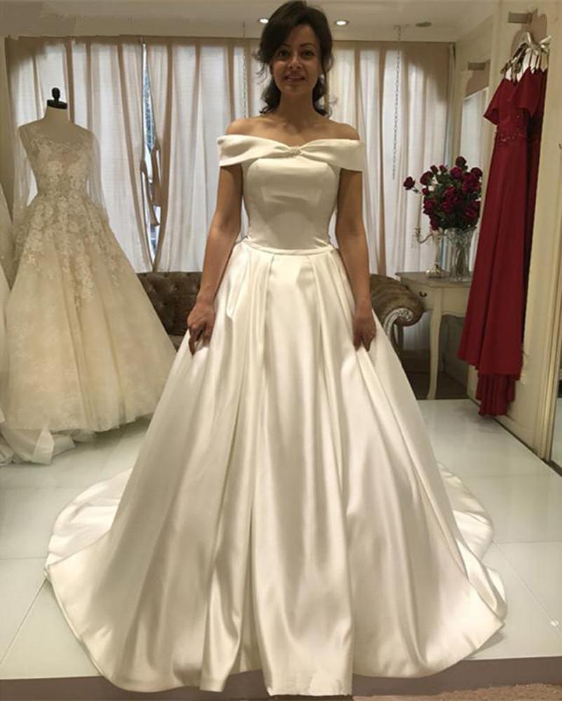 Vestidos de boda de satén con hombro de encargo 2021 Tren de barrido Encaje hacia arriba Atrás Una línea Tallas grandes Boda Boda Vestidos nupciales