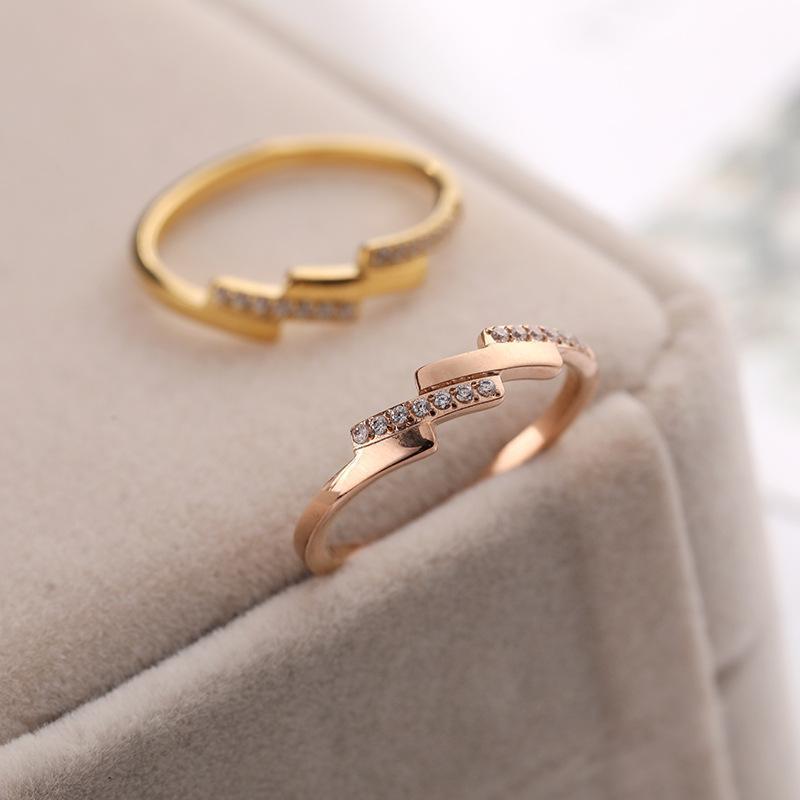 Anillos de dedo de acero inoxidable de color oro rosado para mujeres de compromiso Joyería de la fiesta, minimalista Doble cristalina de cristal accesorios