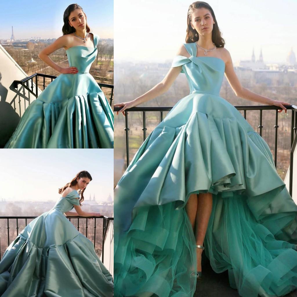 2021 Una spalla Prom Dresses High Low Satin Tulle Rucchitato Pleas su misura Made Plus Size Serata Abito da festa Abito Formale Occasioni Abbigliamento Abiti