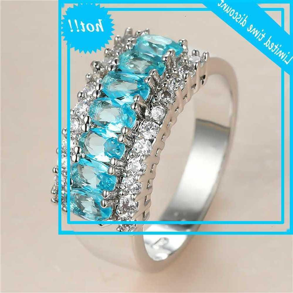 Lovely Women's Aqua Blue Crystal Classic Leaf Zirkoon Stone Wedding Rings for Women Dainty Bride Silver Color Engagement Ring