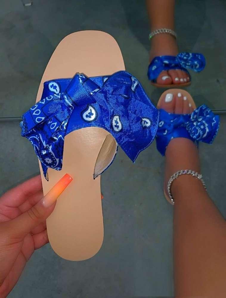 2020 yaz yeni ayakkabı büyük terlik düz baskı sandalet kadın plaj