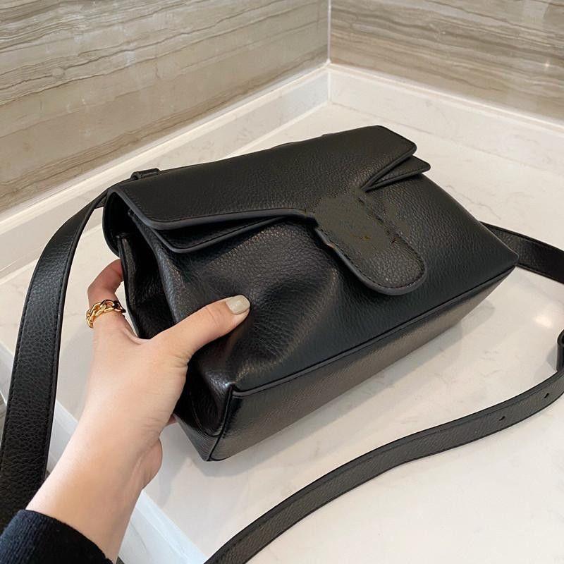 Роскошные дизайнерские сумки роскошные сумки на плечо женские женские кожаные заслонки пряжки модный молодой повседневный пакет сцепления подходит для банкета сексуальный