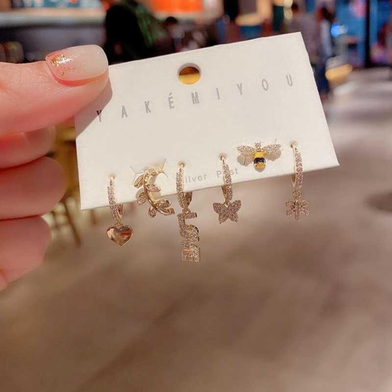 Haute Qualité Belle 6 pièces Définir le tempérament Zircon Love Flowers Papillons Lettre Délicatif Brillant strass oreille bijoux