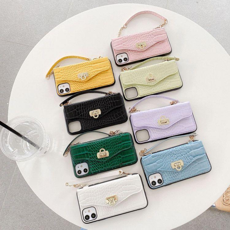 Case telefoniche di lusso Snake Crossbody Portafoglio Telefono Custodie con catena Copertura Designer Fashion Lanyard per iPhone 11 Pro Max XR XS 12