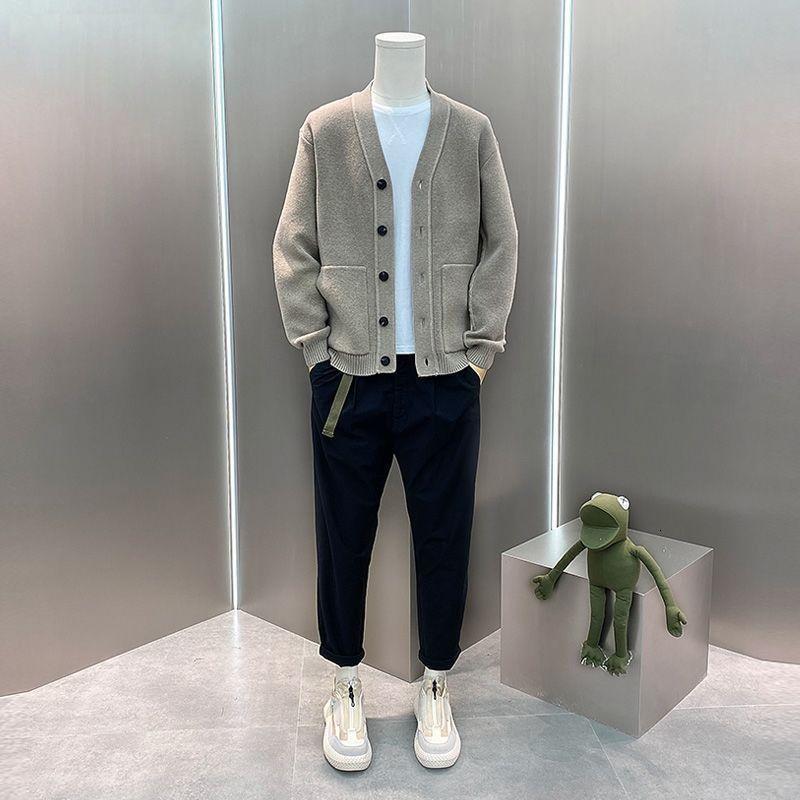 Hırka Erkekler Örme Kazak Moda Sonbahar Uzun Kollu Gevşek Ceket Rahat Düğme V Boyun Katı EAO3
