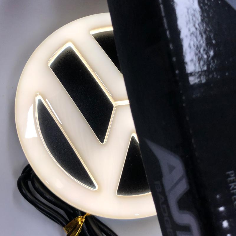 4D LED Marker Light для Volkswagen Caddy Touran Golf 4 MK4 Scirocco Tiguan Magotan Passat B6 B7 CC T5 LED Logo Badge Logo Light