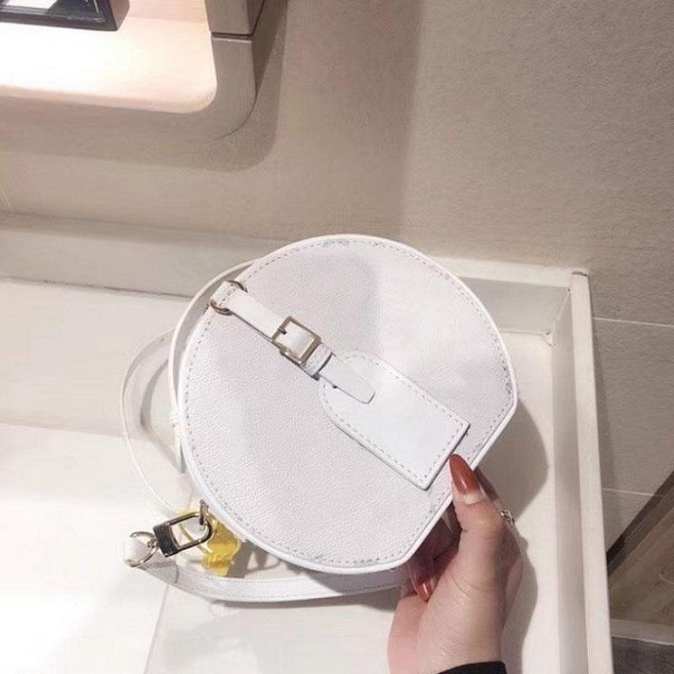 2021 Yeni Beyaz Moda Bayan Yuvarlak Crossbody Çanta Mizaç Omuz Çantaları Bayan Çapraz Vücut Hakiki Gerçek Deri Çanta Zincir Çanta