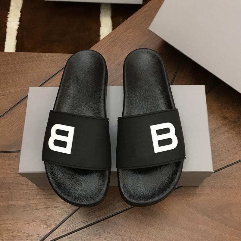 2021 yüksek kaliteli kadın ve erkek terlik yaz moda plaj kapalı düz sandalet flip flop sivri terlik 36-46