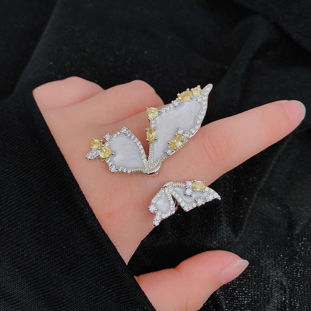 Yüzük 2020 Kore Beyaz Fritillaria Kelebek Nefis Ağır Endüstriyel Tasarım Anlamı Romantik Süper Peri Kız