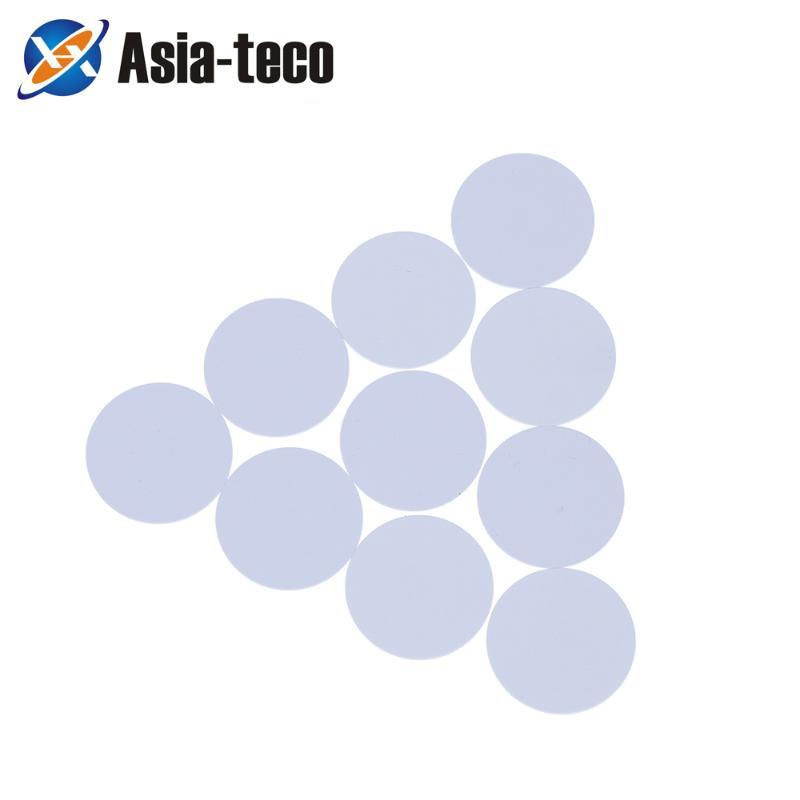 10pc NTAG215 COIN TAG COIN TIGE 13.56MHZ Étiquette universelle RFID Ultralight Tag NFC Sticker Téléphone Usable RFID 25 mm