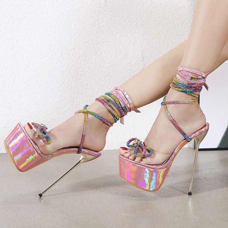 NOUVEAU Rainbow strinestone cristal bowknot pvc sandales transparentes femmes talons hauts hauts hauts plateaux plate-forme chaussures stresseuses talons talons pompes