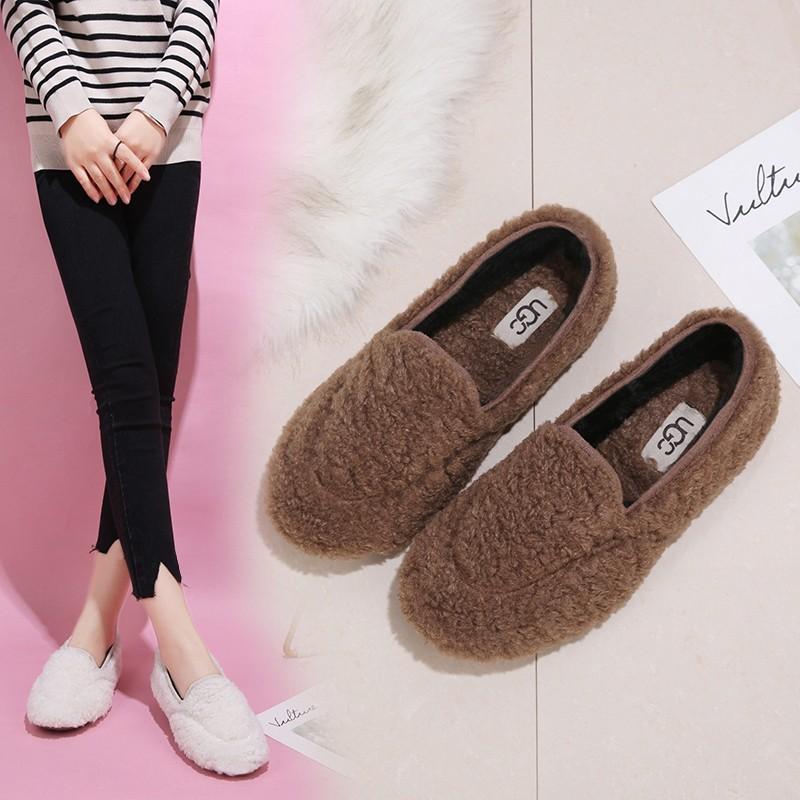 2020 Kış Kadın Loafer'lar Kuzular Yün Ayakkabı Sıcak Kadın Flats Ayakkabı Üzerinde Kayma Kürk Peluş Sıcak Bayanlar Ayakkabı Siyah Kahverengi Tekne Ayakkabı 8556N