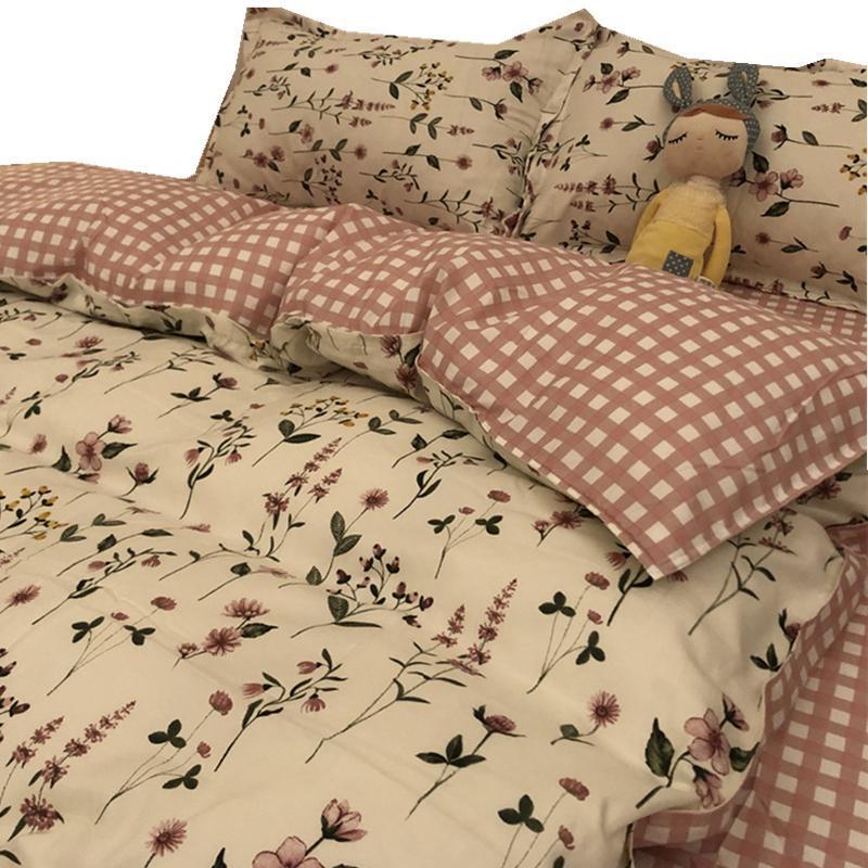 Bettwäsche-Sets Frühling und Herbst Verdickung gebürstet Warmblume Pflanze Kaschmir-vierteilige Quilt-Cover-Studentenwohnheim-Drei-teiliges Set