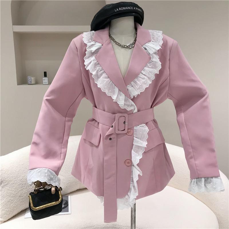 يناسب المرأة الحلل الربيع الصيف 2021 تصميم المتخصصة الأزياء والدانتيل والحافة المرقعة طويلة الأكمام البدلة معطف مزاجه الأعلى