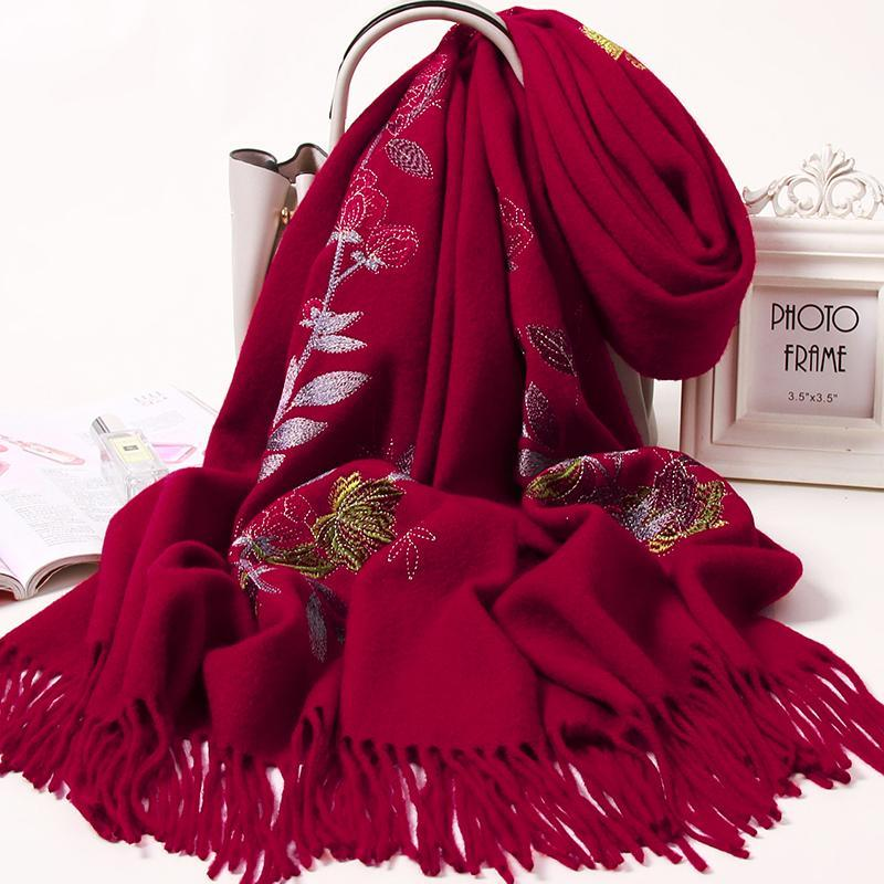 Sciarpe di ricamo di lana 100% donne donne scialli rossi wadding waras damigella d'onore inverno spessa cashmere sciarpa signore echarpe femme