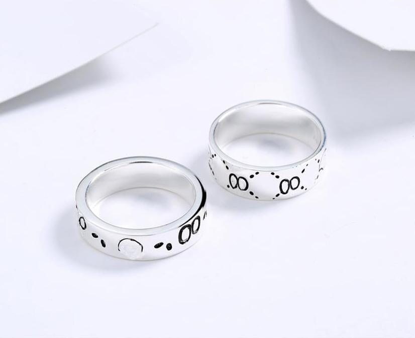Yeni Ürün Retro Mektup S925 Gümüş Beyaz Bakır Geniş Sürüm Dar Sürüm Yüzük Kafatası Takı Erkekler Ve Kadınlar Çift Yüzük